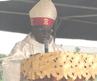 bishop gbuji preaches the homily