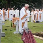 Fr John Dunne SMA Vice-Provincial blesses the grave