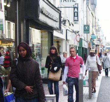 dislogue street